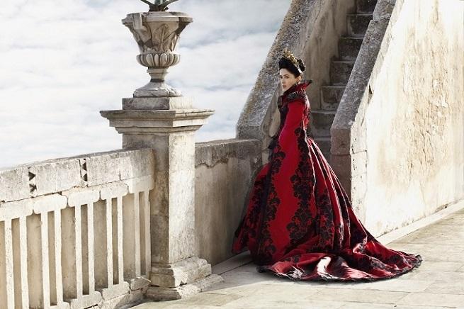 Architettura-italiana-bellezze-de-bel-paese-per-il-racconto-dei-racconti-di-Matteo-Garrone-ddarcart-01