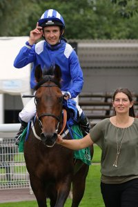 Philip Collington and Radames after winning at Windsor 2015