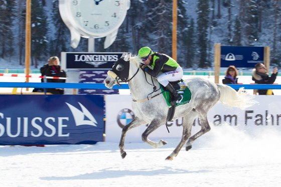 Nil Aziz wins in great conditions at St Moritz