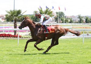 Deryam winning in Toulouse