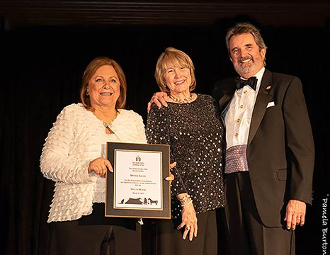 Denise Gault with Randy Gault receives 2019 Tent of Honor Award from AJC President Susan Meyer