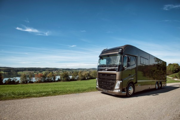 VOLVO FH 460 HTI COMPETITION 6