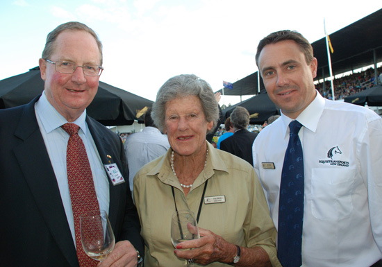 Tiny White is flanked by ESNZ President Chris Hodson, left, and ESNZ Chief Executive Jim Ellis.