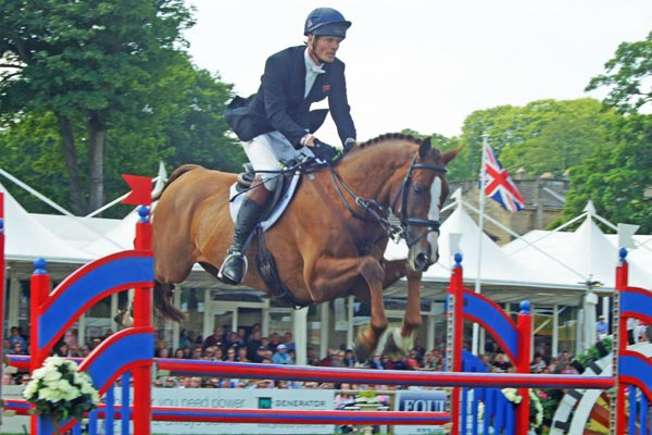 William Fox-Pitt (GBR) on Chilli Morning