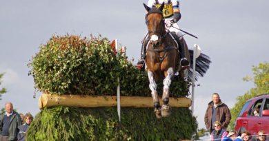 Francis Whittington (GBR) on Fernhill Highlight