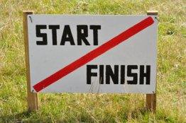 start-finish-sign_2629