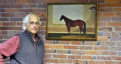 Lost Trotting Parks Heritage Center's creative director, Stephen Thompson, with the 1873 painting of King William. Photo: Lost Trotting Parks Heritage Center