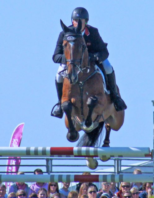 Oliver Townend (GBR) on Dromgurrihy Blue