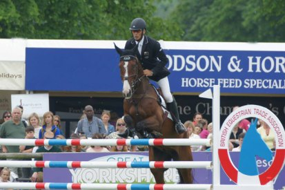 Andrew Nicholson and Jet Set IV in the final phase of the Equi-Trek CCI3* at Bramham.