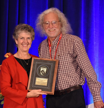 Dennis Brooks receives the AAEP Distinguished Educator – Academic Award.