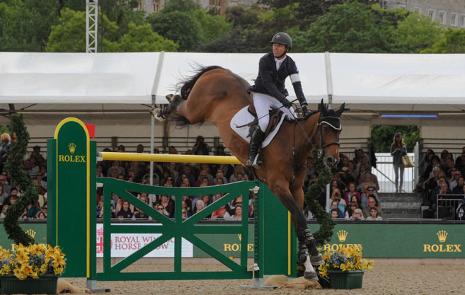 Kent Farrington and Sherkan D'Amaury won theRolex Grand Prix at the Royal Windsor Horse Show.