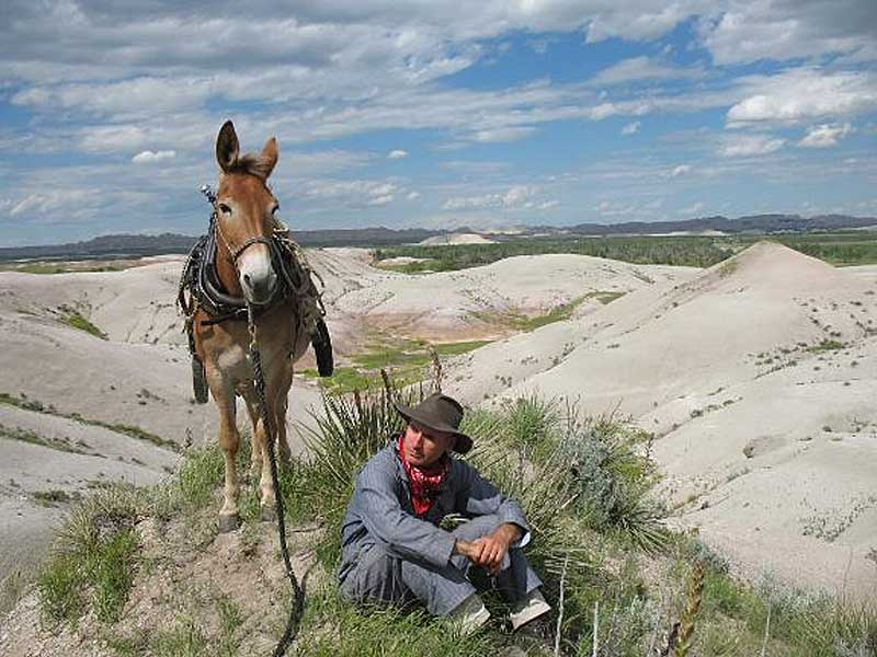 Bernie Harberts and Polly alone in the US interior. Photos: Bernie Harberts