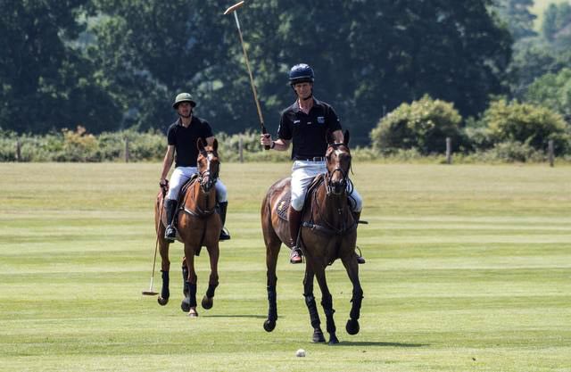 William Fox-Pitt traded his eventing gear for a day or polo with Nic Roldan.