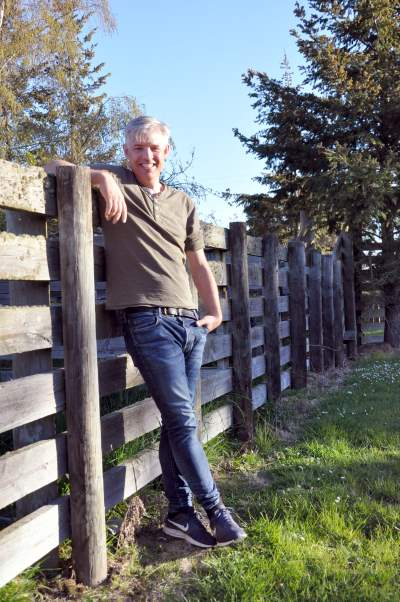Martin has had a life-long involvement with horses, in particular the Icelandic breed.
