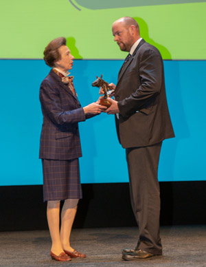 Dr James Rushton receives theBEVA Richard Hartley Clinical Award from Princess Anne.