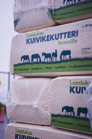The bedding delivered to the Helsinki International Horse Show stable is made out of sustainable wood shavings generated by Finland's forest industry.