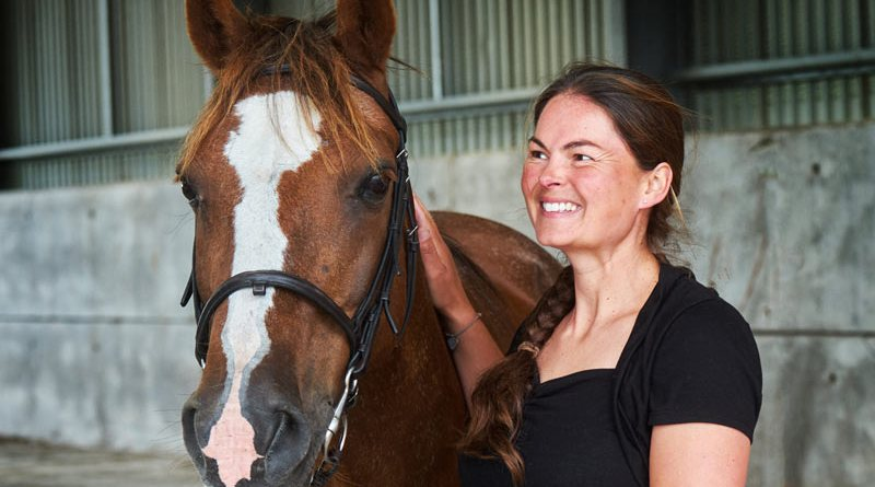 Liz Daniels will share tips in Turnout Like the Pros, the latest webinar from HorseTribe.