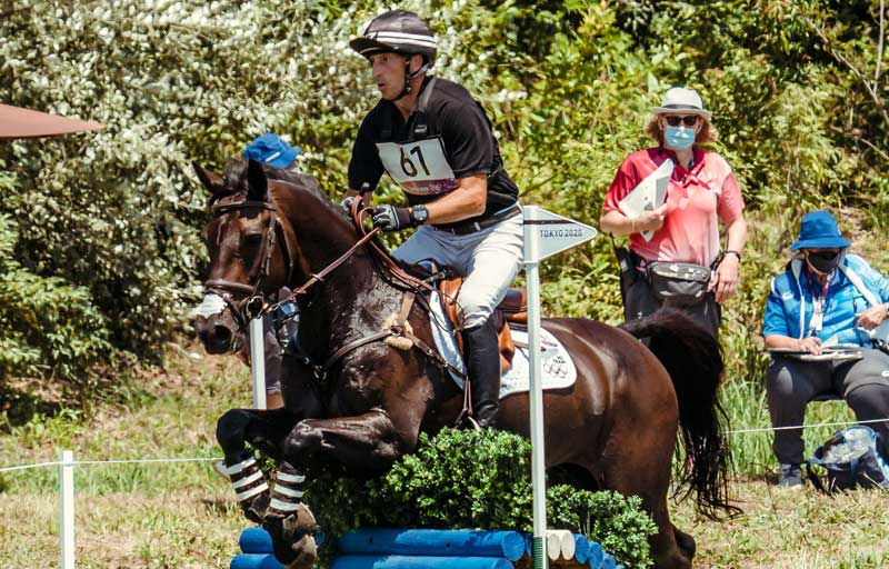 New Zealand's Tim Price and Vitali are fourth after the cross-country at Tokyo 2020.