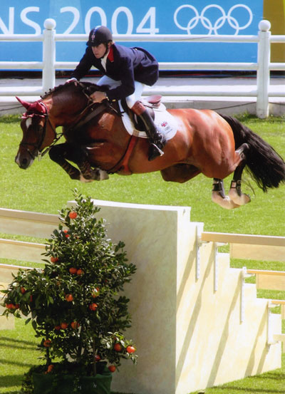 Arko and Nick Skelton at the 2004 Olympic Games.