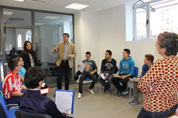El Espai Jove de Alfafar ha acogido tres talleres de inglés conversacional