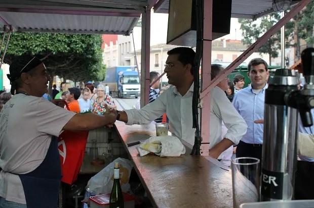 Alfafar aconseja sobre cómo manipular los alimentos a los responsables de los barracones de Fiestas