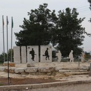 אנדרטת חללי אלכסנדרוני בקאקון