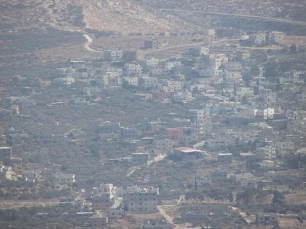 Salim, Nablus from Mount Ebal צילום: יעקב