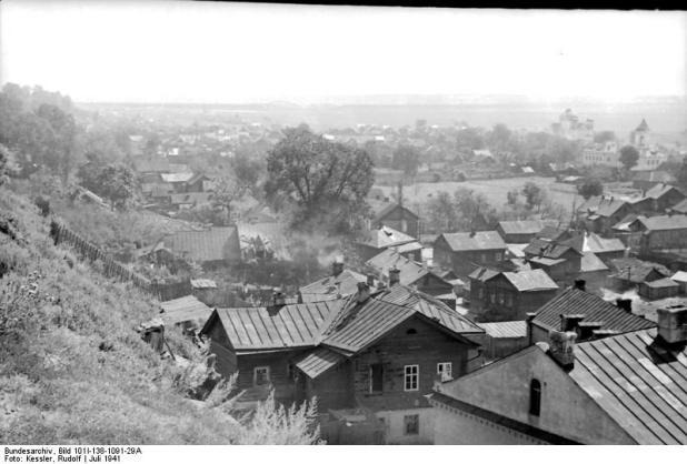 Mogilev in July 1941 Bundesarchiv, Bild 101I-138-1091-29A / Kessler, Rudolf