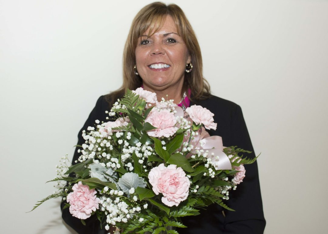 Deb Friece Receives Carnation Award For Teamwork