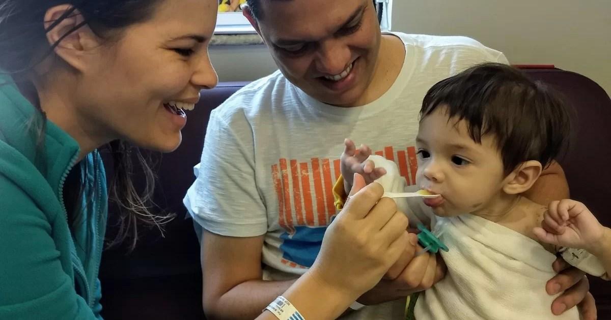 Bebê vem da Bahia para tratamento no Sabará