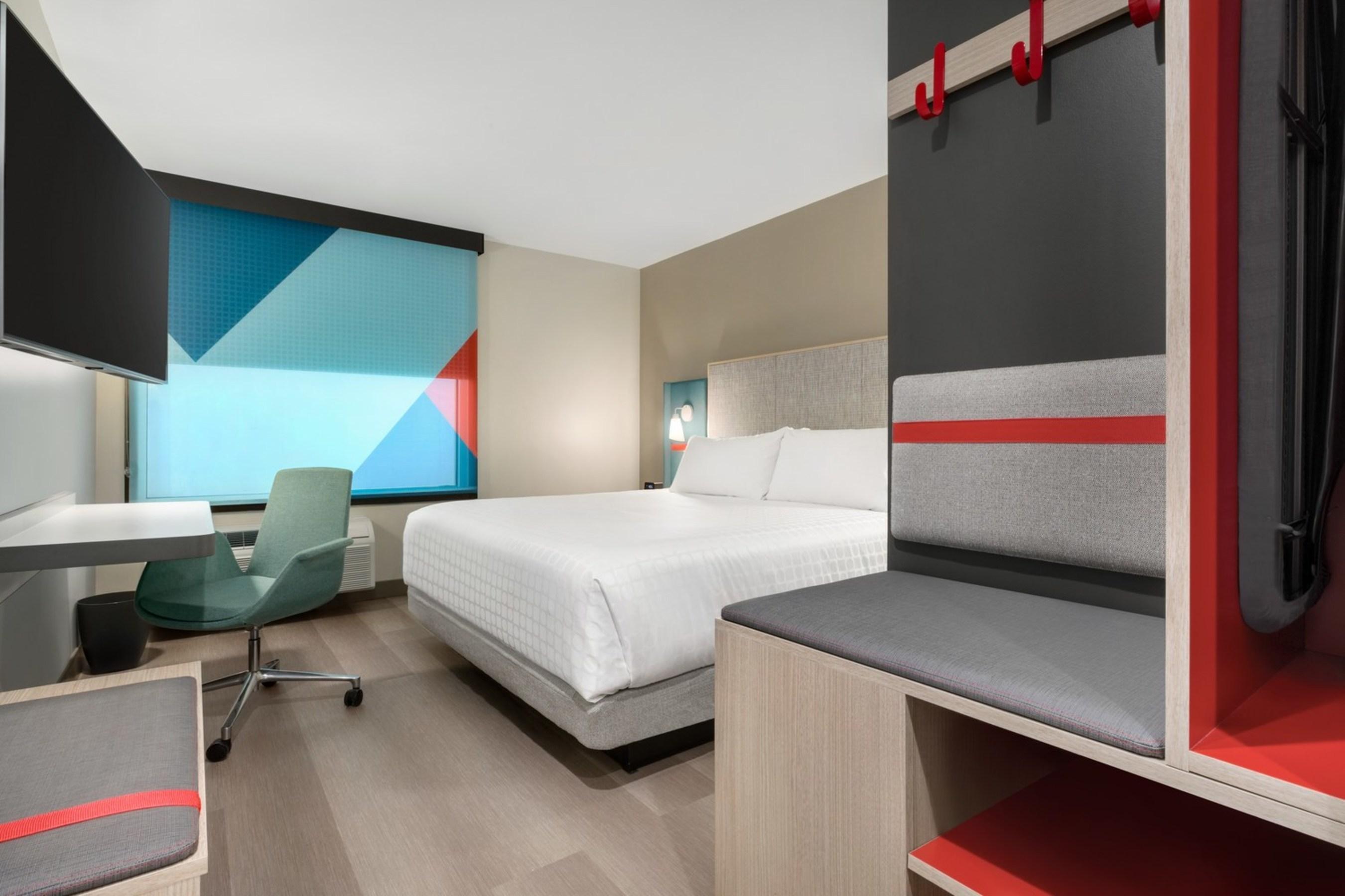 Ihg Celebrates Anniversary Of Avidtm Hotels