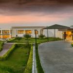 Hotel Job Opening: Hiring Executive Chef , Associate Director of Sales , Sales Manager , Assistant Manager Sales , Sales Executive with Four Points By Sheraton New Delhi