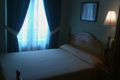 Hostal Cruz Sol In Madrid With Hostels247 Com