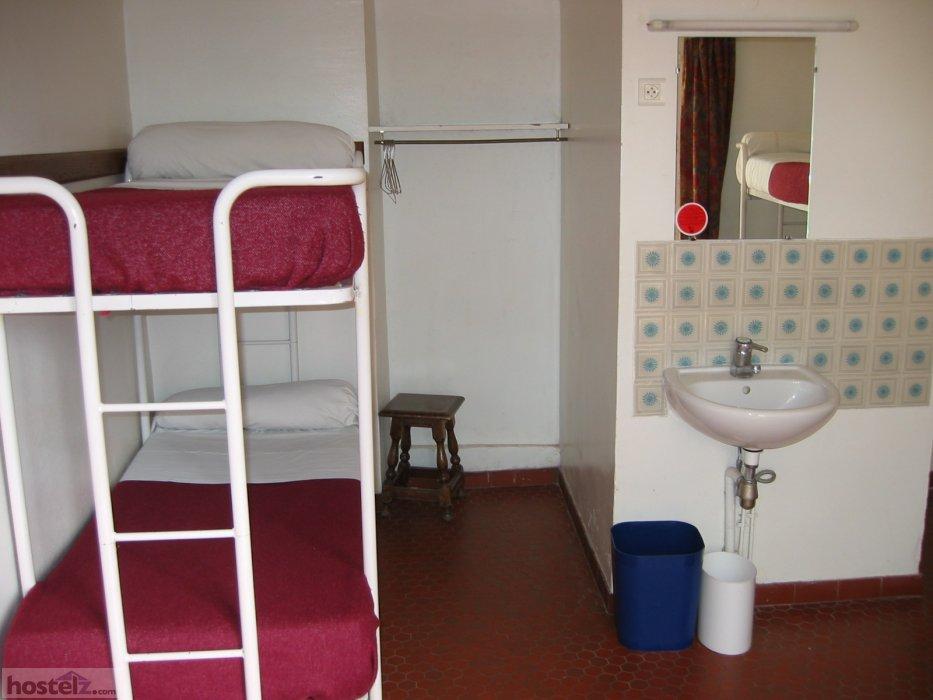 MIJE Hostel  Maubuisson  Paris France Reviews  Hostelzcom