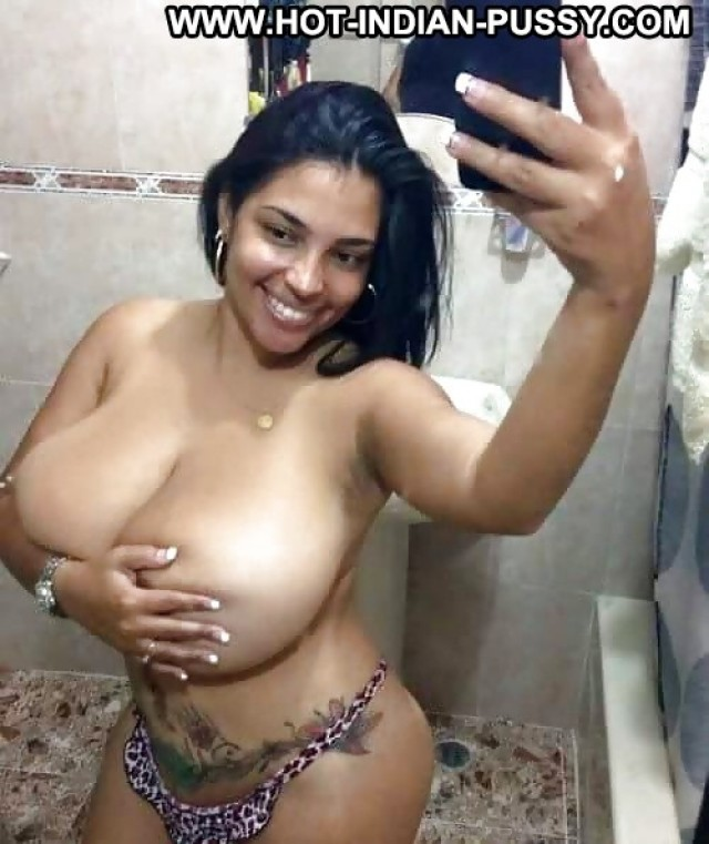Kaleigh Private Pics Babe Erotic Boobs Big Boobs Indian Desi