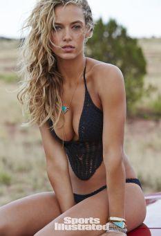 Hannah Ferguson (29)