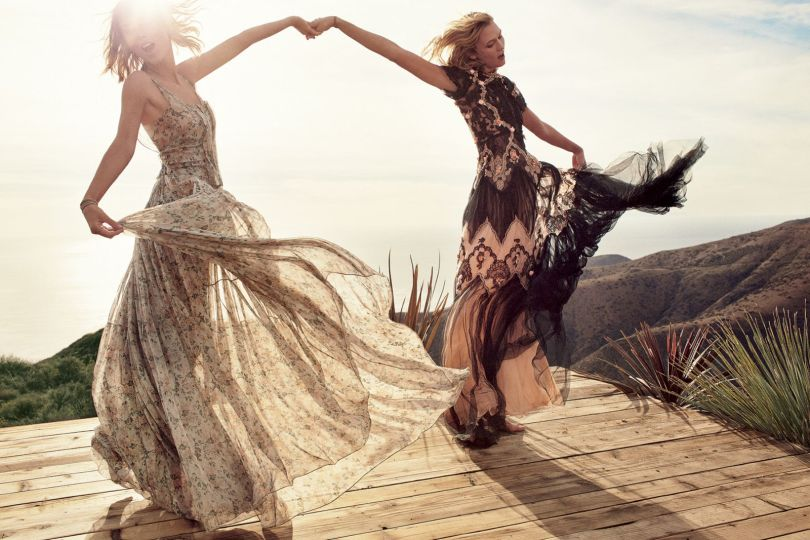 Taylor Swift & Karlie Kloss - Vogue Magazine (March 2015)