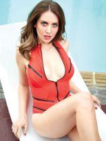 Alison Brie (6)