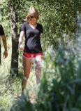 Taylor Swift031215 02