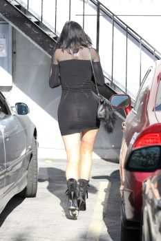 Kylie_Jenner041515_06