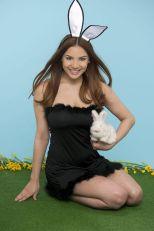 Lacey Banghard (1)