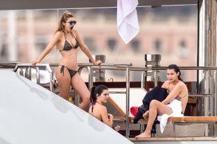 Kendall Jenner Gigi Hadid (16)