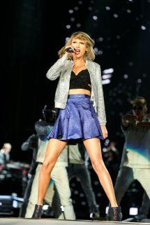 Taylor Swift Rocks
