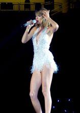 Taylor Swift (6)