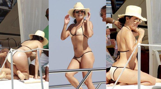 Eva Longoria – Bikini Candids in Marbella