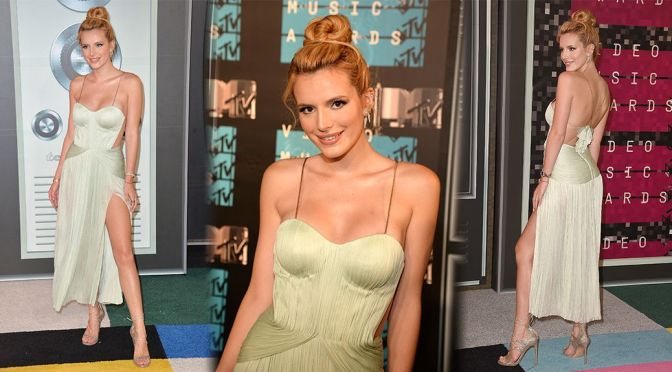 Bella Thorne – 2015 MTV Video Music Awards