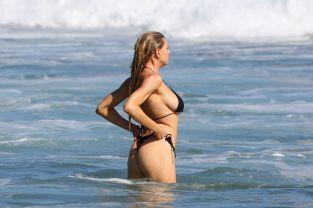 Charlotte McKinney (39)