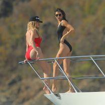 Khloe Hardashian Kendall Jenner (8)