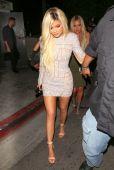 Kylie Jenner (9)