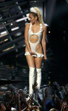 Miley Cyrus (42)